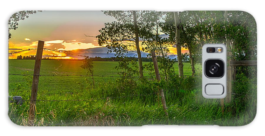 Sunset Galaxy S8 Case featuring the photograph Sunset Over Farmers Field by Thomas Nay