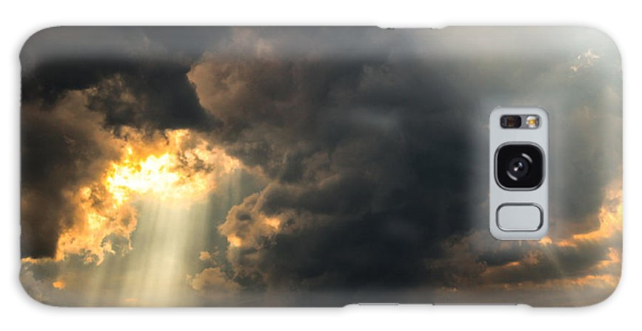Galaxy S8 Case featuring the photograph Sunset Thru Clouds by Nick Peters