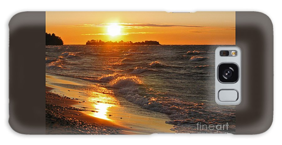 Sunset Galaxy S8 Case featuring the photograph Superior Sunset by Ann Horn