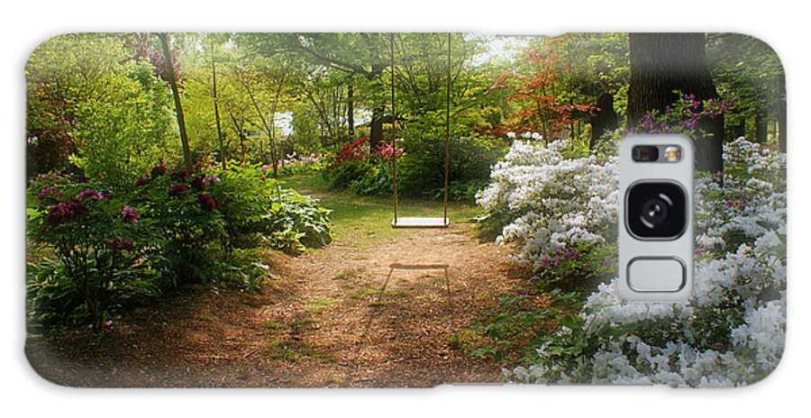 Swing Galaxy S8 Case featuring the photograph Swing In The Garden by Sandy Keeton
