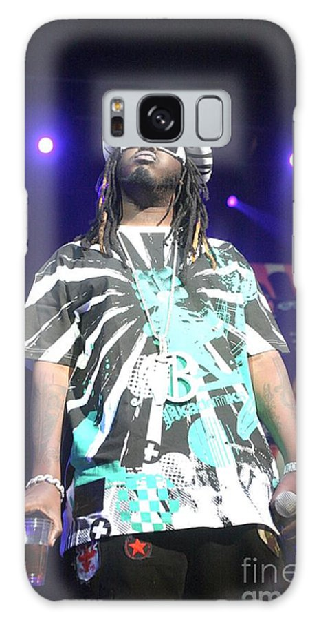 Sunglasses Galaxy S8 Case featuring the photograph T Pain by Concert Photos