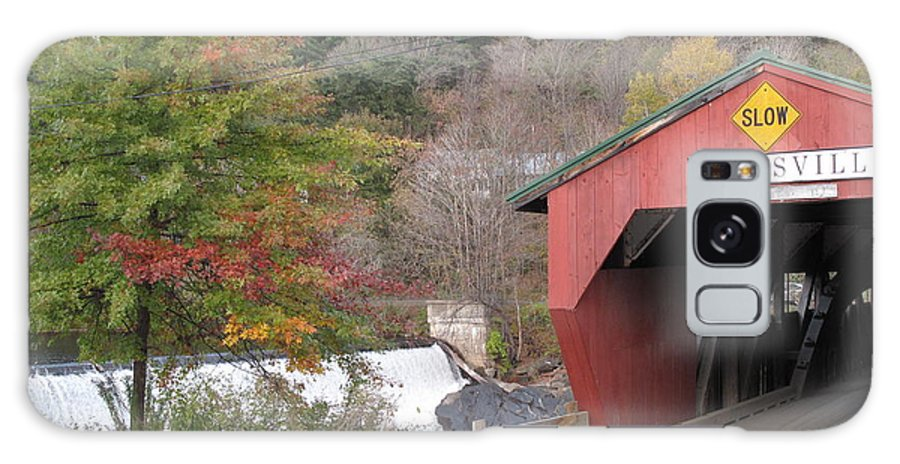 Covered Bridge Galaxy S8 Case featuring the photograph Taftsville Covered Bridge Vermont by Barbara McDevitt