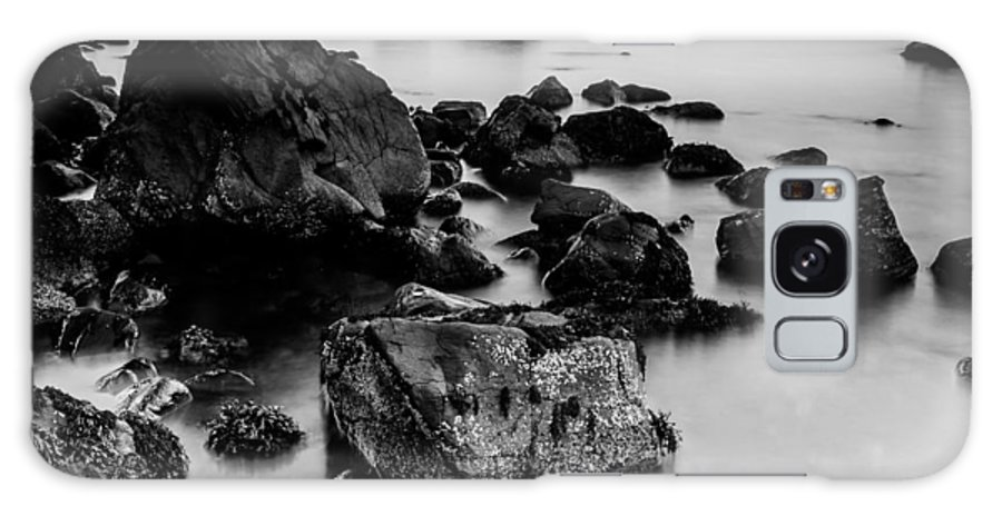 Talisker Galaxy S8 Case featuring the photograph Talisker Bay by David McAlpine