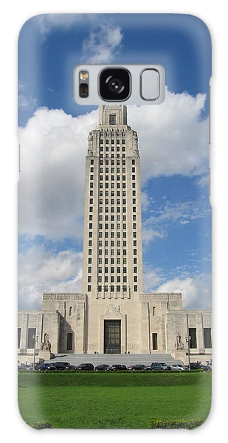 Louisiana State Capitol Galaxy S8 Case featuring the photograph Tall And Proud by Hal Gould