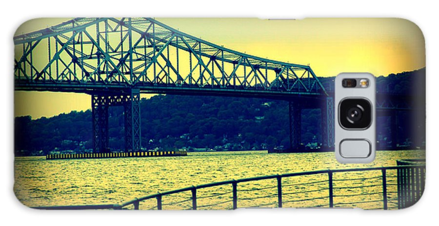 Tappan Zee Bridge Galaxy S8 Case featuring the photograph Tappan Zee Bridge II by Aurelio Zucco