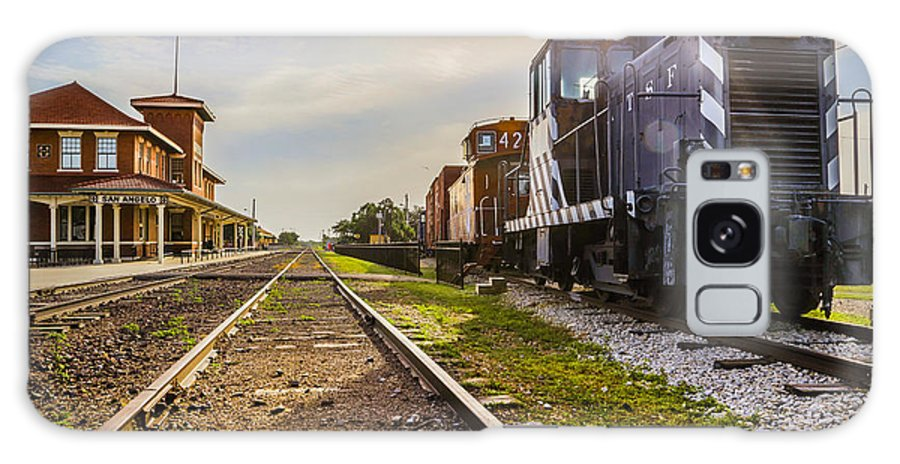 Train Galaxy S8 Case featuring the photograph Terminus by Michael Anglin