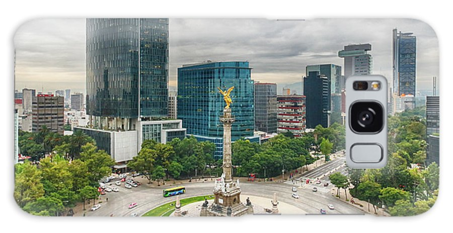 Mexico City Galaxy Case featuring the photograph The Angel Of Independence, Mexico City by Sergio Mendoza Hochmann