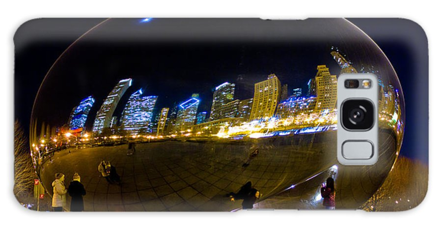 Chicago Galaxy S8 Case featuring the photograph The Bean At Night by John McGraw