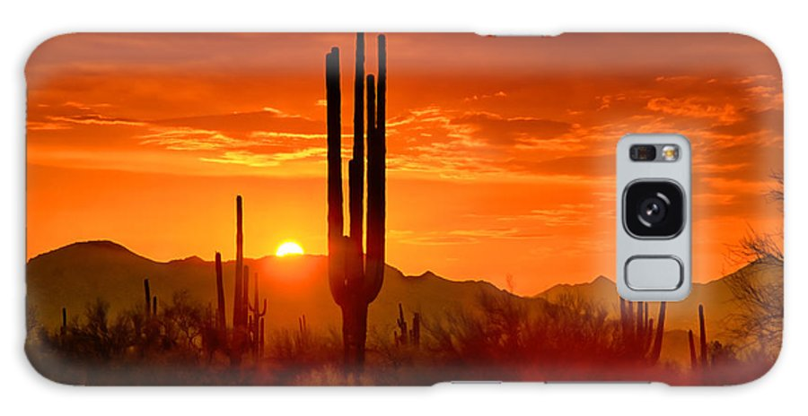 Sunset Galaxy S8 Case featuring the photograph The Golden Southwest Skies by Saija Lehtonen