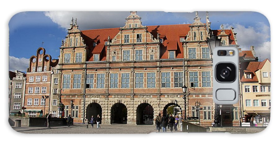 Green Gate Galaxy S8 Case featuring the photograph The Green Gate - Gdansk by Christiane Schulze Art And Photography