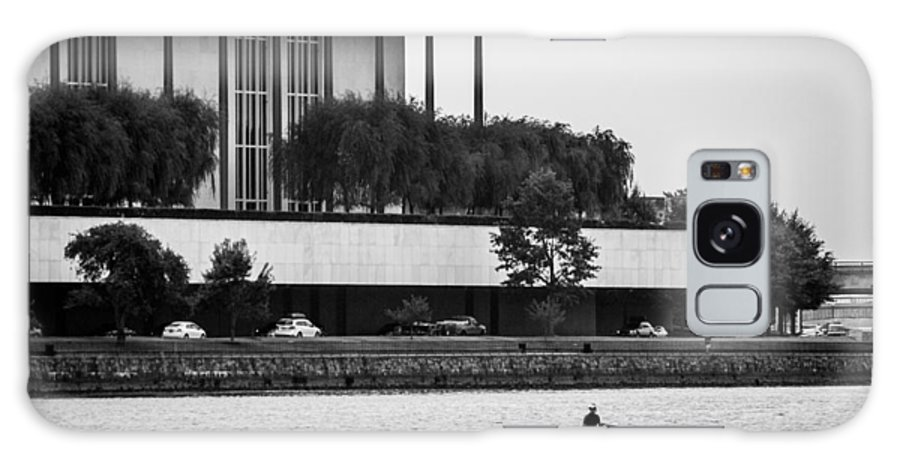 John F. Kennedy Center Galaxy S8 Case featuring the photograph The Rower by Alex Banakas
