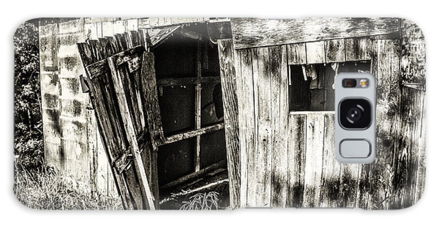 Shack In The Woods Photograph Galaxy S8 Case featuring the photograph The Shack by Terri Morris