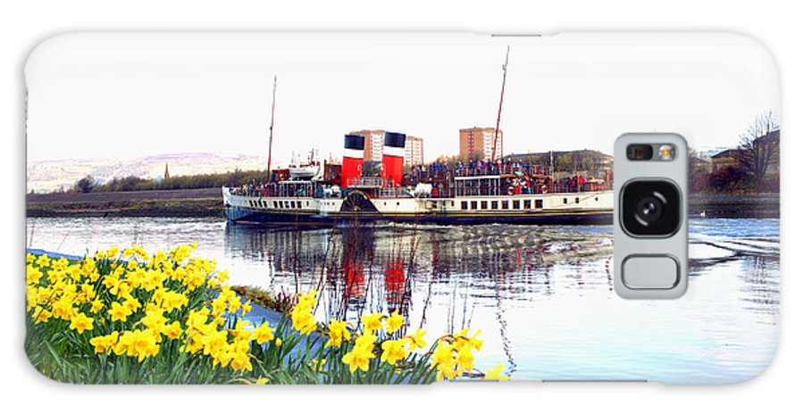 Paddle Steamer Galaxy S8 Case featuring the photograph The Waverley Sails Down The River Clyde. by David Cairns