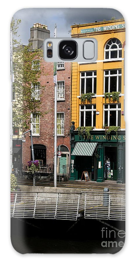 Yellow House Galaxy S8 Case featuring the photograph The Yellow House At The Liffey River - Dublin - Ireland by Christiane Schulze Art And Photography