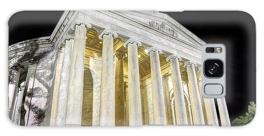 Jefferson Memorial Galaxy S8 Case featuring the photograph Thomas Jefferson Memorial At Night by Gary Whitton