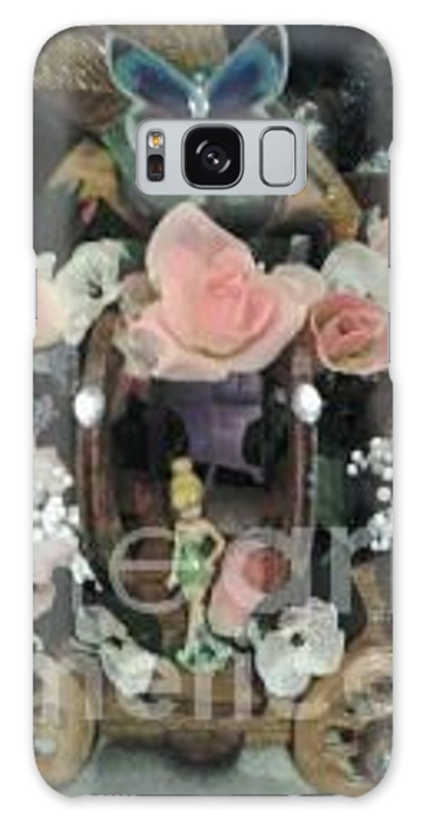 Cinderella Carriage Set Up With Tinkerbell. Also On Rustic Looking Wagon Wheels. With A Beautiful Display Of Flowers. Galaxy S8 Case featuring the photograph Tinkerbell Carriage by Greg Davis