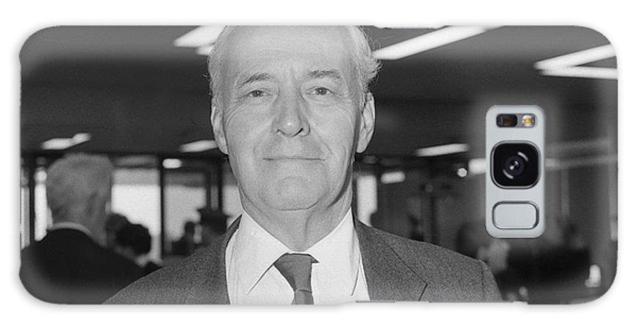 Tony Galaxy S8 Case featuring the photograph Tony Benn by David Fowler