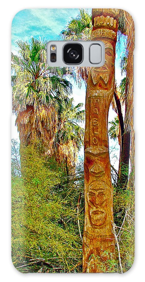 Totem Pole In Coachella Valley Preserve Galaxy S8 Case featuring the photograph Totem Pole In Coachella Valley Preserve-california by Ruth Hager