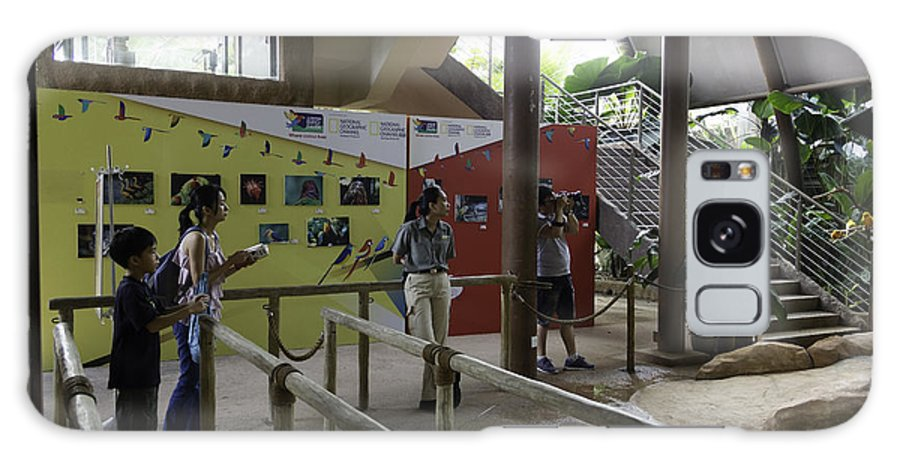 Asia Galaxy S8 Case featuring the photograph Tourists In A Queue At One Of The Exhibits Inside The Jurong Bird Park by Ashish Agarwal