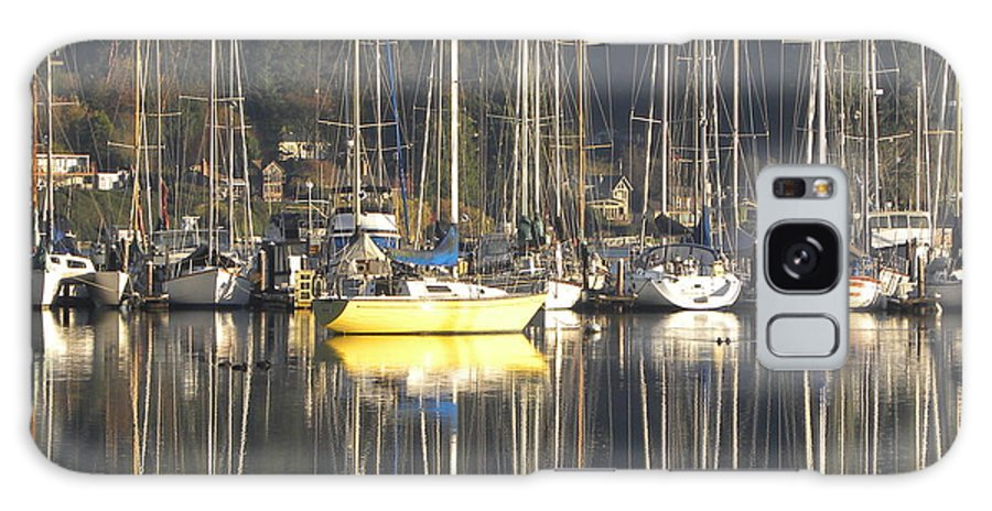 Sailboats Galaxy S8 Case featuring the photograph Tramp Harbor by John Wilson