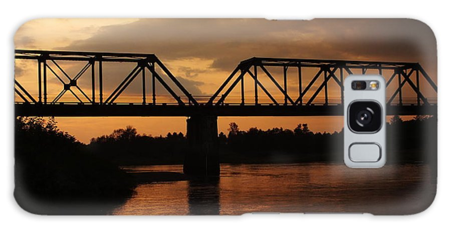 New England Galaxy S8 Case featuring the photograph Trestle Sunset 3 by Gene Cyr