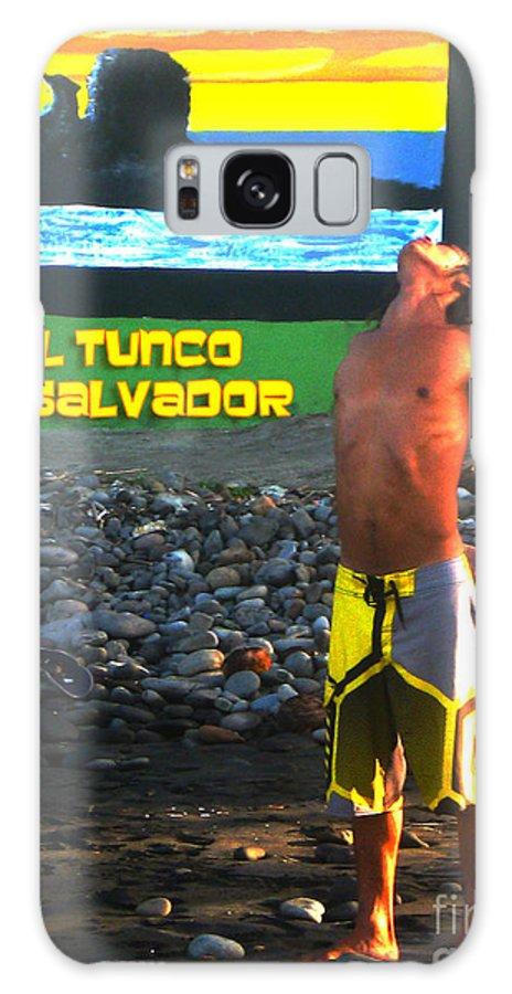El Salvador Galaxy S8 Case featuring the photograph Tunco Card Stretch Ylwm Pl by Stav Stavit Zagron