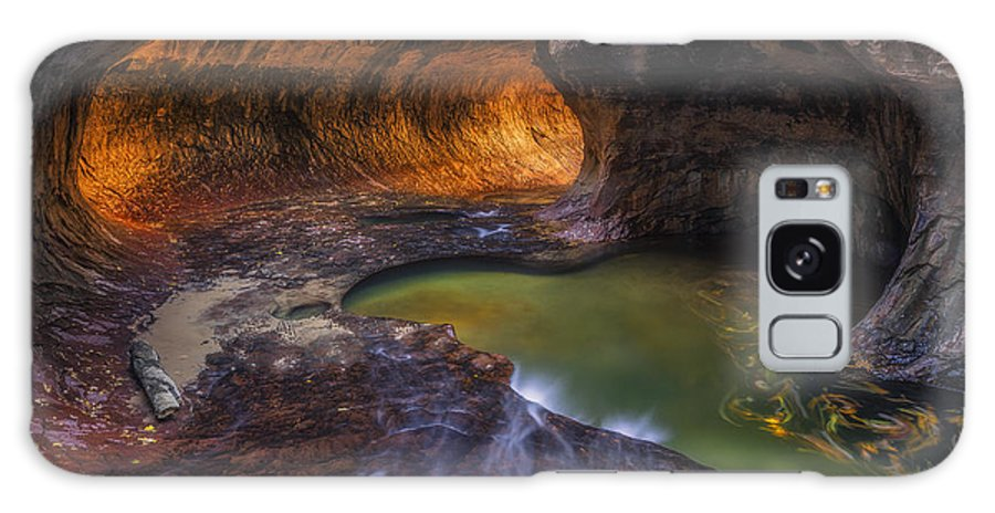 Subway Galaxy S8 Case featuring the photograph Tunnel Of Love by Peter Coskun