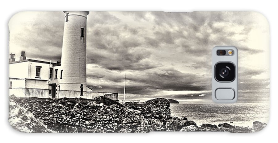 Turnberry Lighthouse Ayrshire Scotland Galaxy S8 Case featuring the photograph Turnberry Lighthouse by Paul Martin