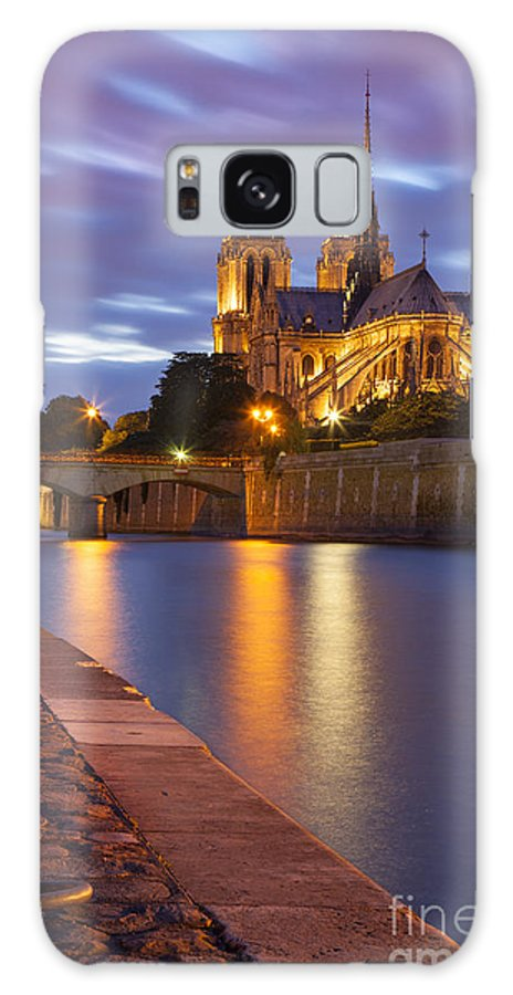 Architectural Galaxy S8 Case featuring the photograph Twilight Over Notre Dame by Brian Jannsen