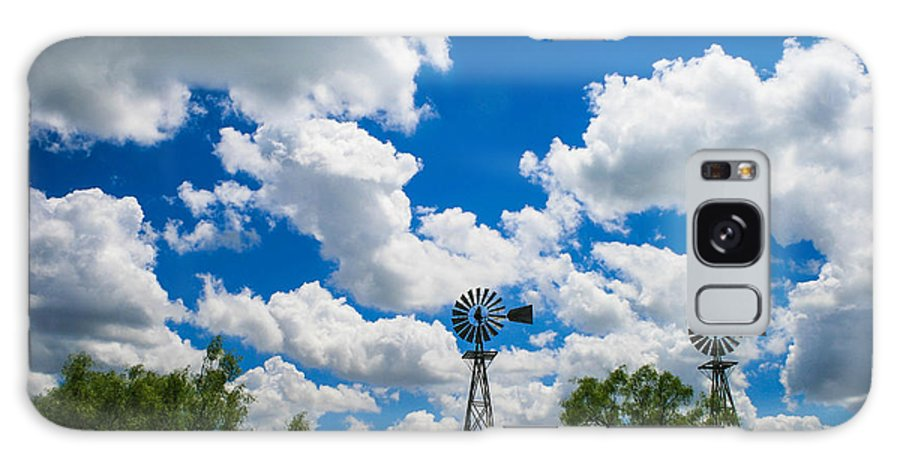 West Texas Landscape Galaxy S8 Case featuring the photograph Twin Windmills by Mark Short