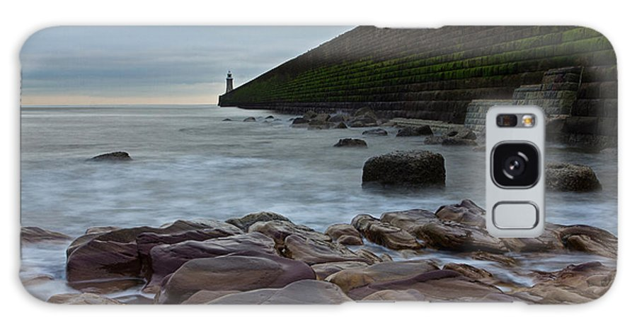 Tynemouth Galaxy S8 Case featuring the photograph Tynemouth Pier II by David Pringle