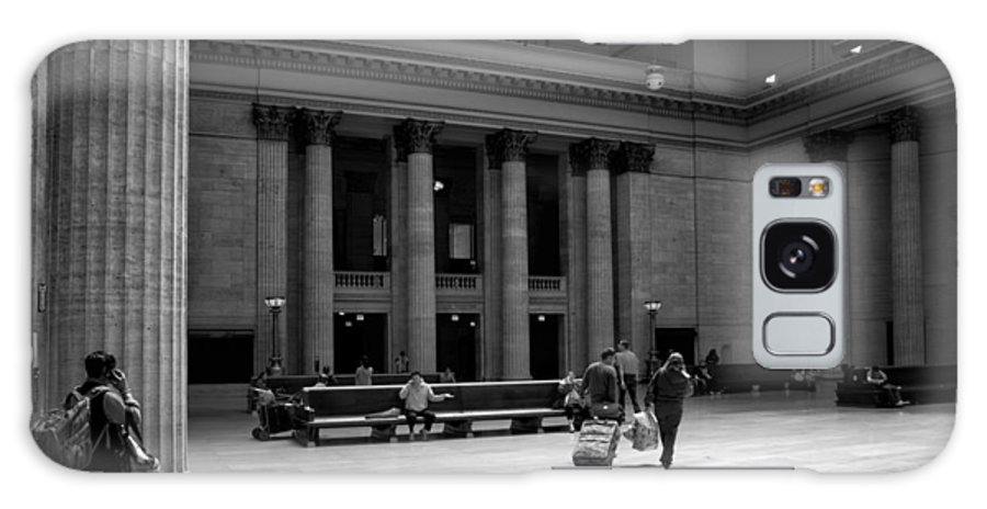 Union Station Galaxy S8 Case featuring the photograph Union Station Chicago The Great Hall by Thomas Woolworth