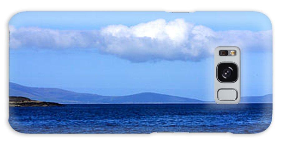 Valentia Galaxy S8 Case featuring the photograph Valentia Island Lighthouse by Mark Callanan