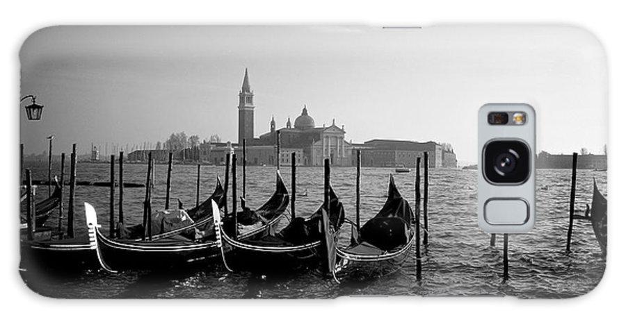 Venezia Galaxy S8 Case featuring the photograph Venezia by Aleksejs Volkovs