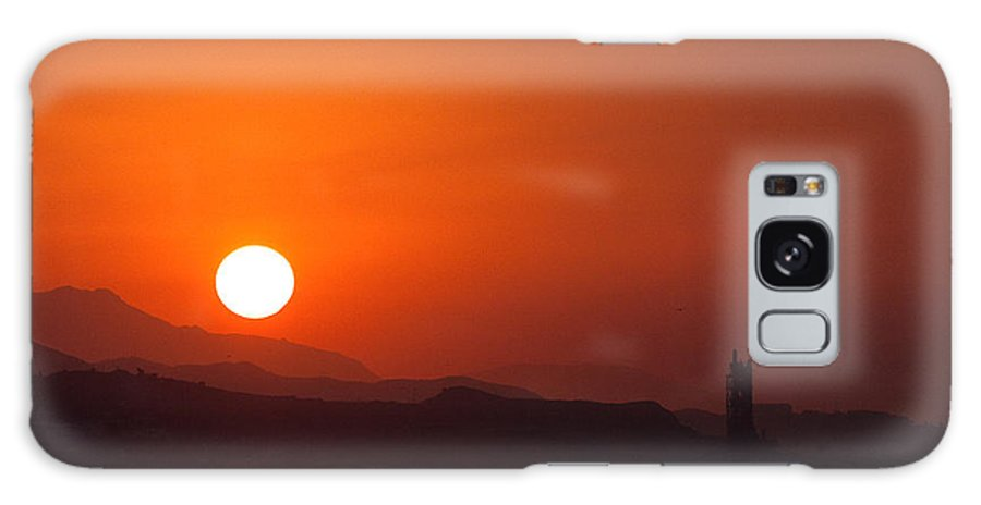 Landscape Galaxy S8 Case featuring the photograph Venturing Sunrise by Andrew Slater
