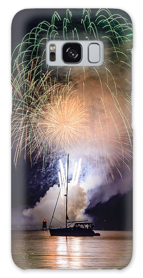 Fireworks Galaxy S8 Case featuring the photograph Vermont Fireworks by Randall Bertrand