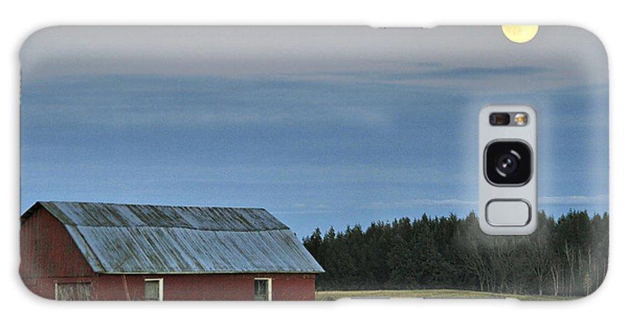 Moon Galaxy S8 Case featuring the photograph Vermont Full Moon by Deborah Benoit