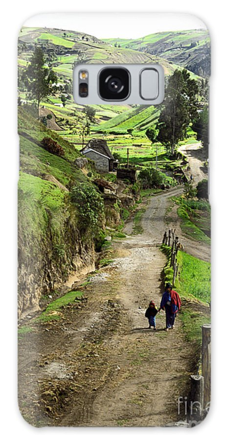 Ecuador Galaxy S8 Case featuring the photograph View Of Lupaxi by Kathy McClure