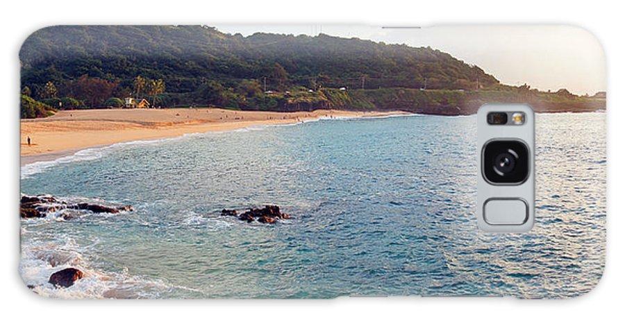 Waimea Bay Galaxy S8 Case featuring the photograph Waimea Bay Sunset by Kevin Smith