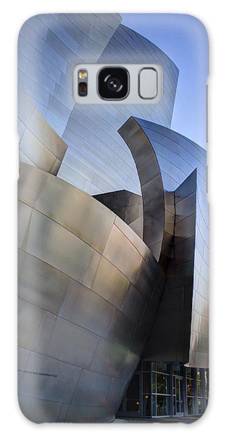 Walt Disney Concert Hall Galaxy S8 Case featuring the photograph Walt Disney Concert Hall by Jeff Garris