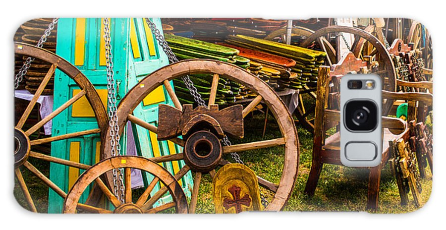 Warrenton Galaxy S8 Case featuring the photograph Warrenton Antique Days Wood Wheels And Wonders by JG Thompson