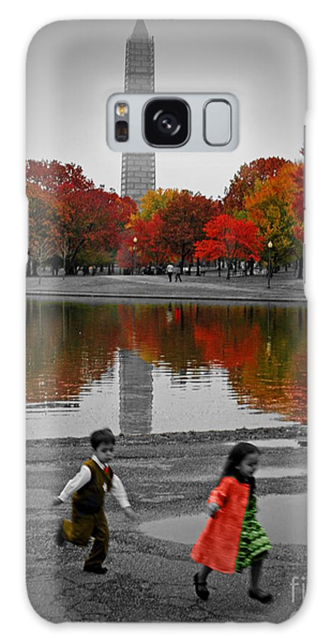 Fall Galaxy S8 Case featuring the photograph Washington Fall Children by Jost Houk