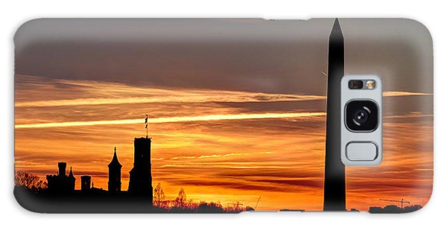Sunset Galaxy S8 Case featuring the photograph Washington Sunset by Walt Baker