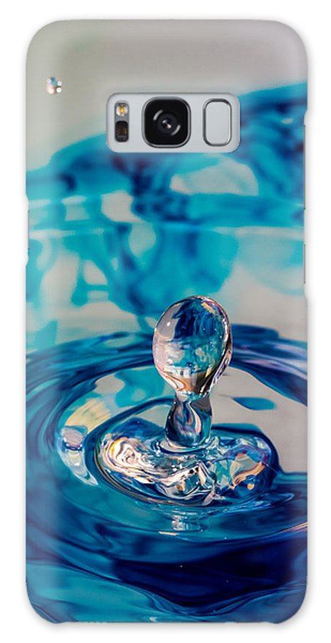 Water Galaxy S8 Case featuring the photograph Water Drop In Blu by Andy Spliethof