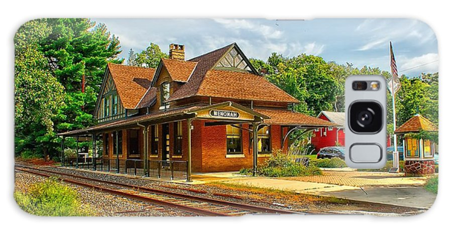 Train Galaxy S8 Case featuring the photograph Wenonah Train Station by Nick Zelinsky