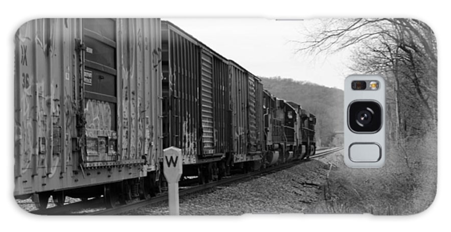 Train Photographs Galaxy S8 Case featuring the photograph Westbound Train Black And White by Kristen Mohr