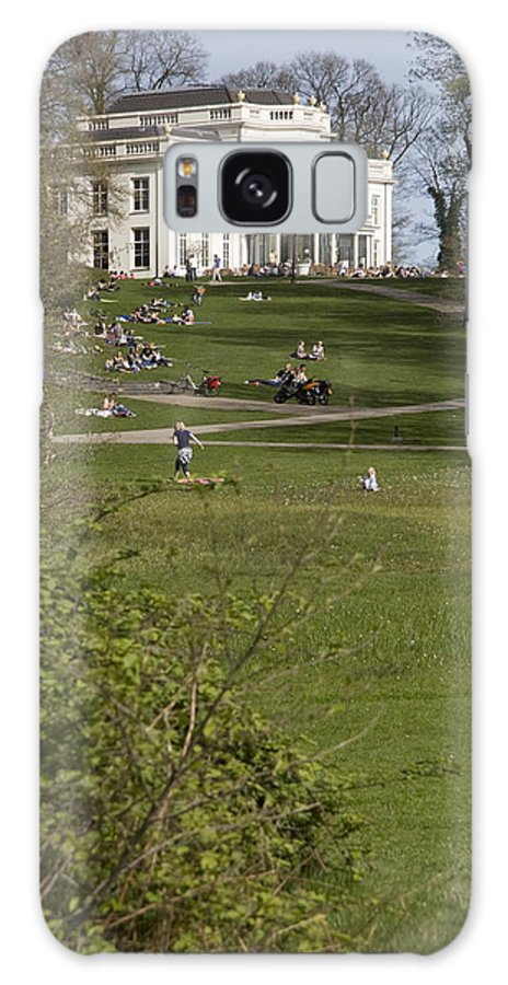 Heart Mountain Galaxy S8 Case featuring the photograph White Villa In Sonsbeek Park In Arnhem Netherlands by Ronald Jansen
