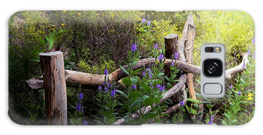 Fence Galaxy S8 Case featuring the photograph Wildflower Fence by Elaine Manley