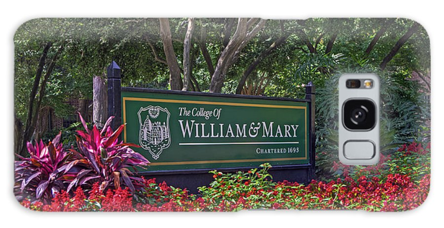 William & Mary Galaxy S8 Case featuring the photograph William And Mary Welcome Sign by Jerry Gammon
