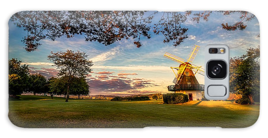 Horizontal Photographs Galaxy S8 Case featuring the photograph Windmill by Dennis Romano